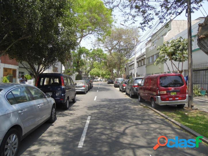 Impecable Flat semi nuevo Av. La Paz 1600 3