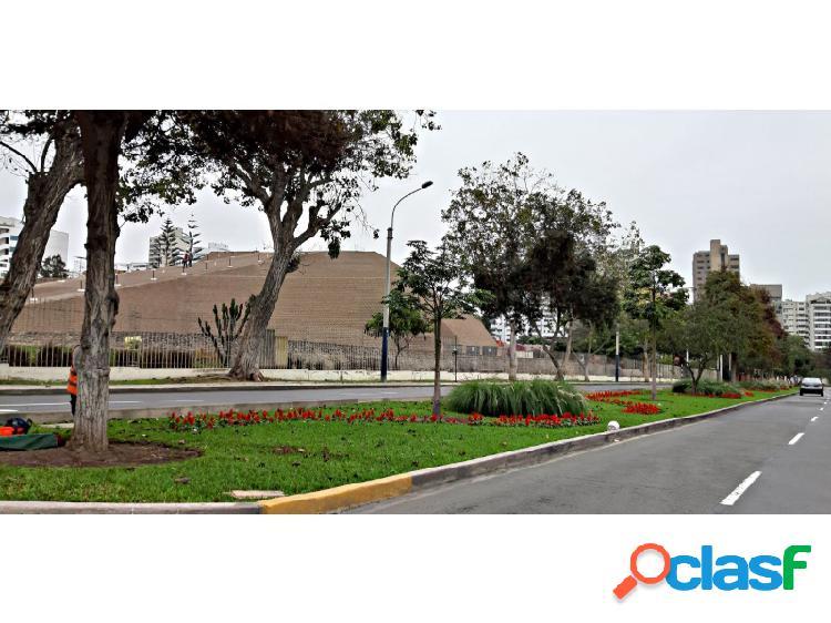 Departamento en venta en San Isidro Hermoso moderno 3 dormitorios frente a la Huaca 1