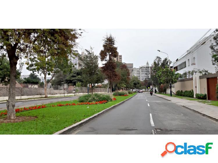 Departamento en venta en San Isidro Hermoso moderno 3 dormitorios frente a la Huaca 2
