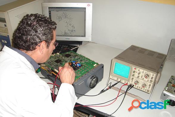 TECNICO EXCLUSIVO EN REPARACION PROYECTORES DLP, LCD VIEWSONIC, BENQ LIMA L 4
