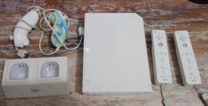 Nintendo wii 6 juegos originales 2 mandos cargador maleta