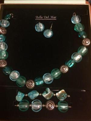 f952f9ab288b Set de joyería fina bella del mar. collar