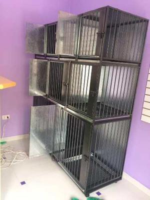 Jaula de acero y fierro para 9 animales veterinaria
