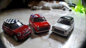 Autos De Coleccion Diferentes Modelos Y Colores Escala En Lima