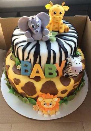 Torta safari con animales en azucar de 50 porciones 170 sole