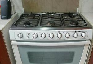 Cocina indurama 6 hornillas horno micr