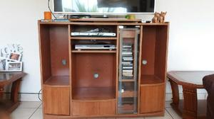Mueble madera televisor anuncios abril clasf for Muebles para televisor y equipo de sonido