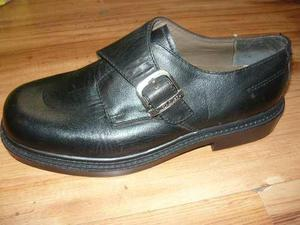 Calzado, zapatos de cuero marca carducci tallas 39 y 40
