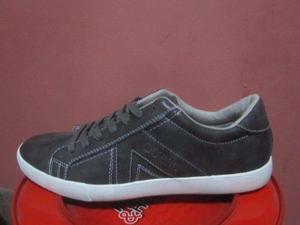bd6d3af2 Zapato zapatillas para hombre marca guess importado de usa en Lima ...
