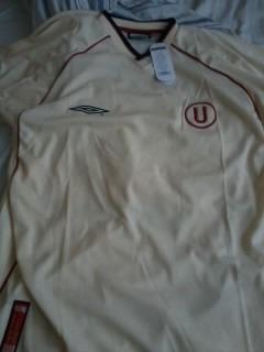 Camiseta universitario de deportes umbro 2002 original lolo