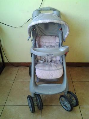 3cb5a86c7 Cochecito grande marca graco, color rosado y plomo para beba