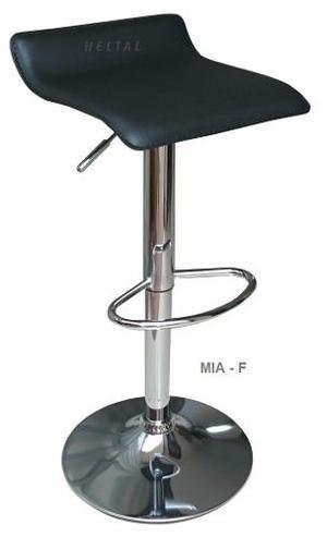 Silla bar mia -f marca heltal - negro, blanco y rojo