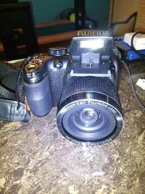 Camara fujifilm finepix s 3200 de 14.1 megapixeles