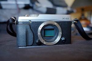 Camara fujifilm xe-2 + extras, lentes. 16mpix apsc