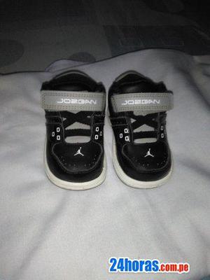 5c8821456 Zapatilla jordan de bebe y pantalon de mickey de bebe en Callao ...