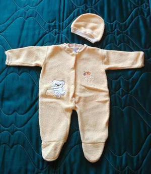 Enterizo bebecrece amarillo - para bebe de talla 0 a 4 meses