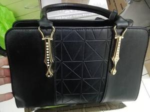 db38fbc45 Carteras bolsos mujer importados morrales cuero sintético en Lima ...