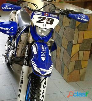 Yamaha wr 450 f en la ciudad de tarapoto