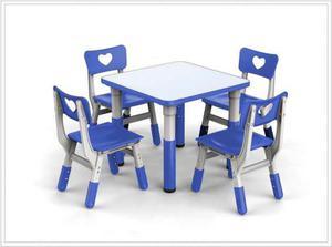 Mesas para 4 niños