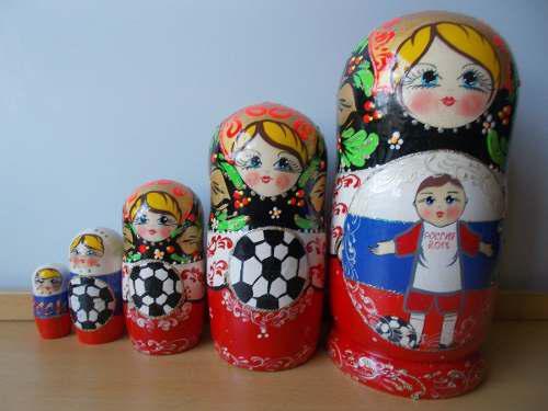 Muñeca rusa matrioshka matryoshka futbol mundial rusia