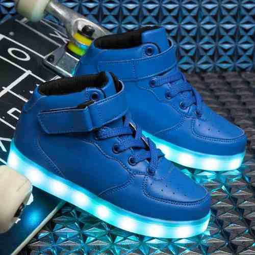 Zapatillas con luces led incluye cable usb