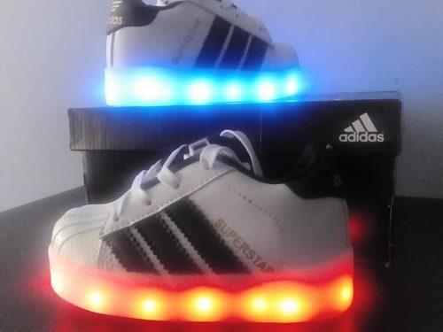 2c25e56f7 Zapatillas led nike y adidas para niños y grandes en Lima   REBAJAS ...