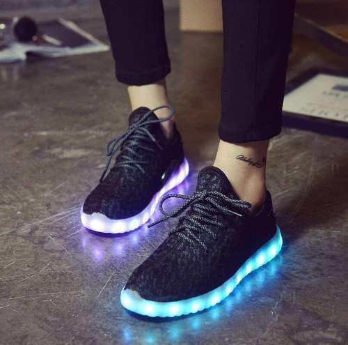 6260ec5892f Zapatillas luces led de hombre en diferentes colores con usb