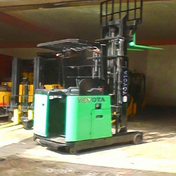 Mantenimiento de montacargas y apiladores electricos en lima