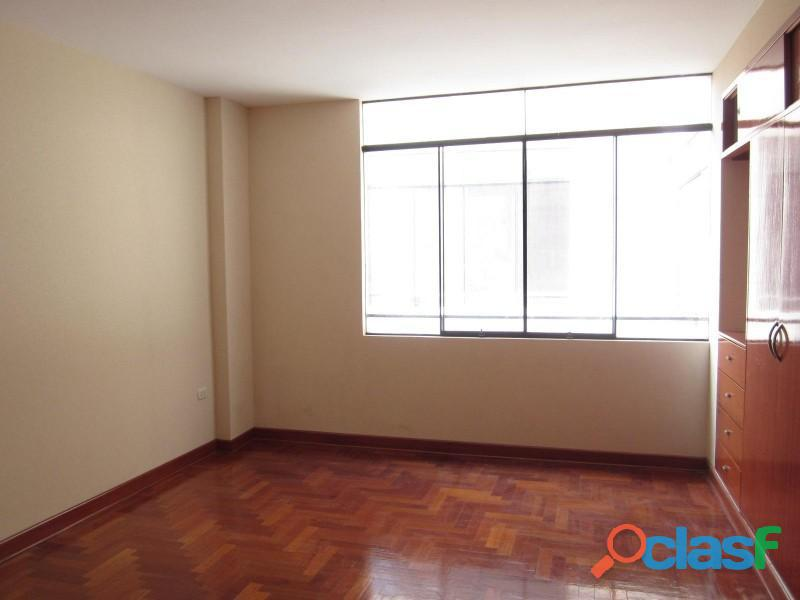 Alquilo departamento en chacarilla san borja us$ 1,200 de 150 m2