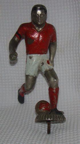 Remato antiguo jugador de futbol peruano metal años ... ae6c034880b6c