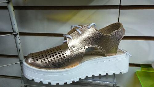 Zapato tipo sandalia - cuero importado