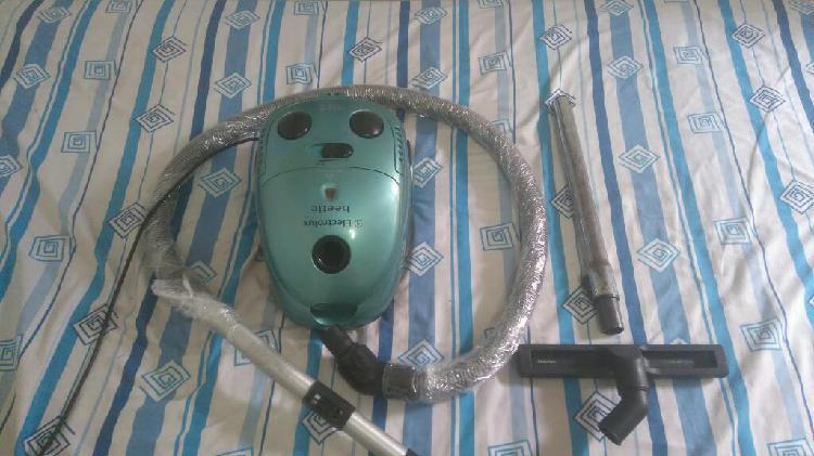 Aspiradora electrolux 1400 w