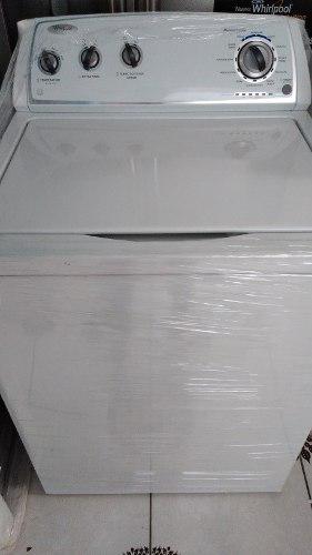 Lavadora whirlpool 15kg con agitador nuevo de exhibicion