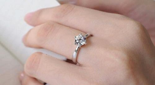 2248d7acbc52 Anillo de compromiso oro blanco o amarillo 18k aro boda en Lima ...