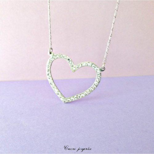 dcf3b74d8513 Joyas. collar corazón en plata con 44 circones