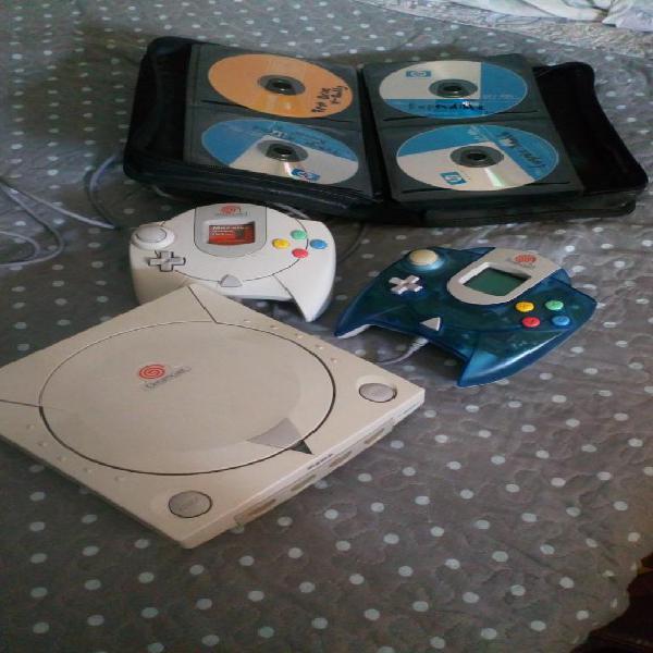Dreamcast sega 2 mandos 30 juegos