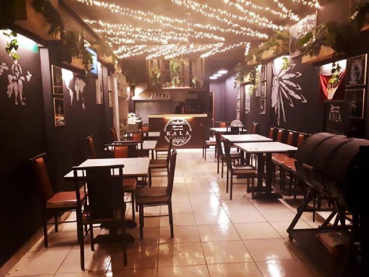 Se Transpasa Restaurante Av. Dolores