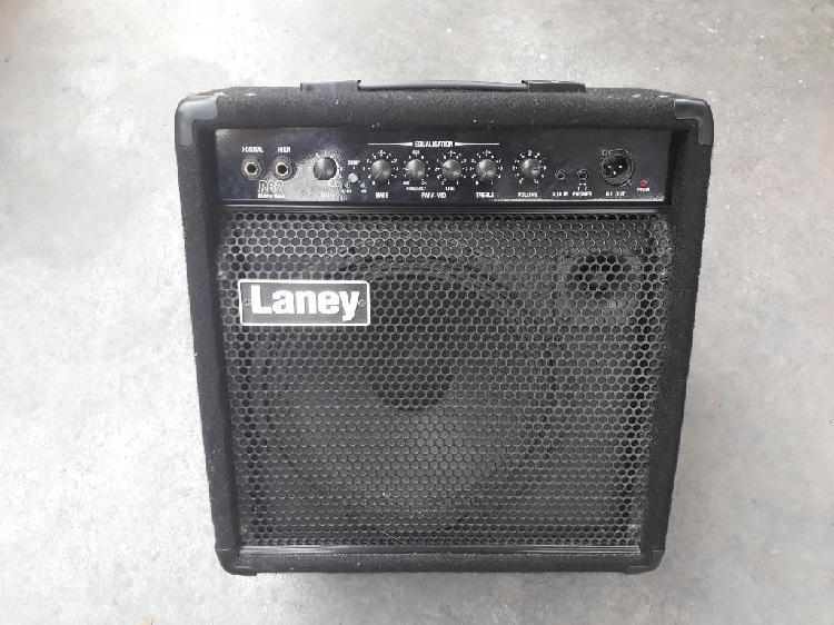 Amplificador de bajo laney rb2 de 50watt