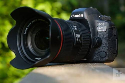 Camara canon 6d mark ii combo 2 lentes y flash ttl
