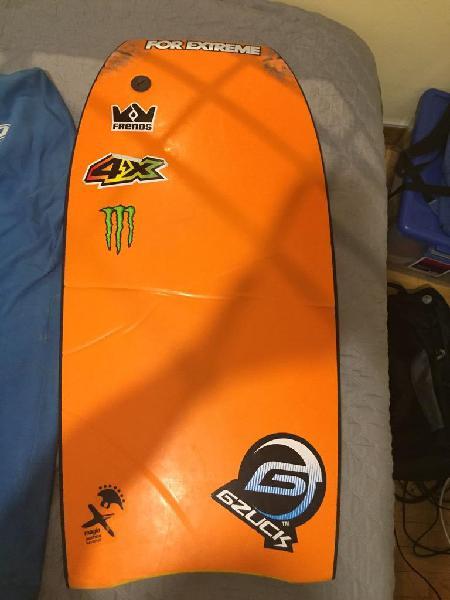 Bodyboard hydro wet aletas