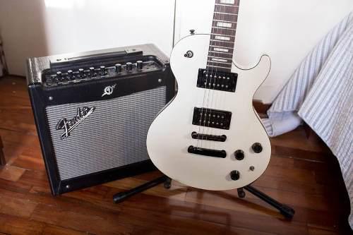 Guitarra electrica dean thoroughbred x (solo este mes)