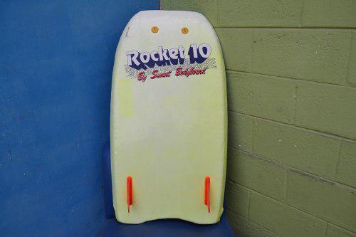 Tabla bodyboard sunset rocket 10 con 2 quillas que permit
