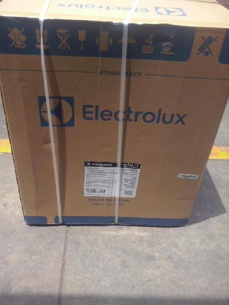 Congelador electrolux de 150 litros nueva sellada en caja.