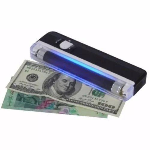 Detector portatil de billetes falsos utiliza 4 pilas aa