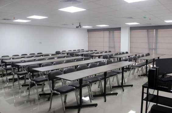 Alquiler de aula salon capacitaciones reuniones 20 a 70