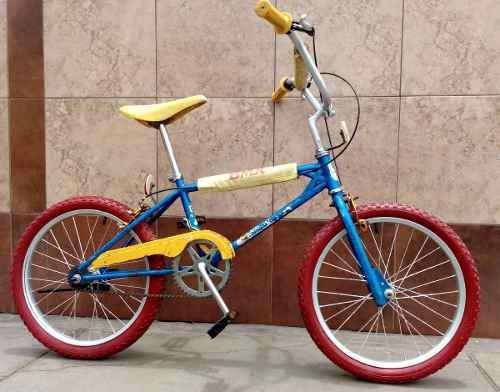Antigua bicicleta bmx, garozzo, ok !