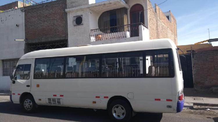 Vendo minibus joylong motor mitsubishi