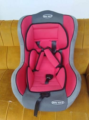 Asiento para carro baby kit (usado)