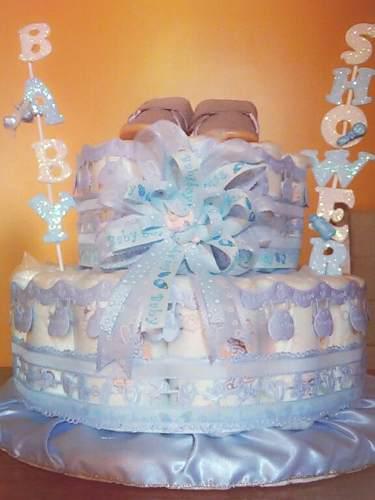 Maqueta de torta baby shower hecho de pañales