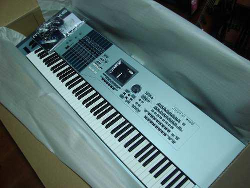 Yamaha Motif Xf7 - 76-key Workstation Synthesizer